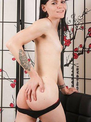 Skinny Ladyboy Pics